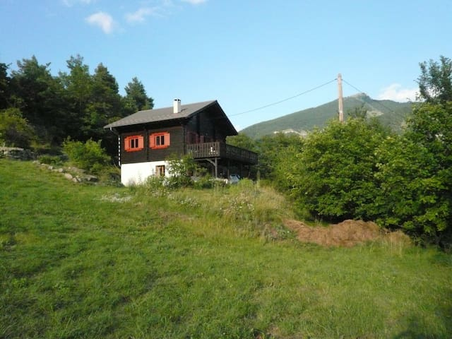Beautiful Chalet, quiet location. - Beauvezer - Chalet