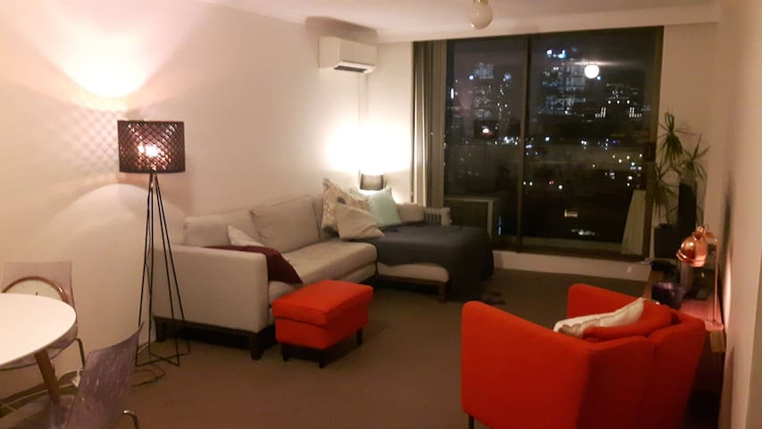 Potts point room with harbour views and pool - Potts Point - Apartamento