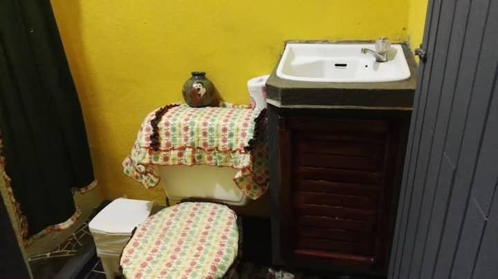 Alojamiento bonito y precio accesible en Quepos.