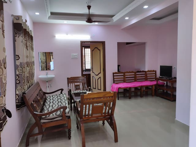 RAVIKA GUEST RESIDENCY  IS A BEACH VIEW APARTMENT