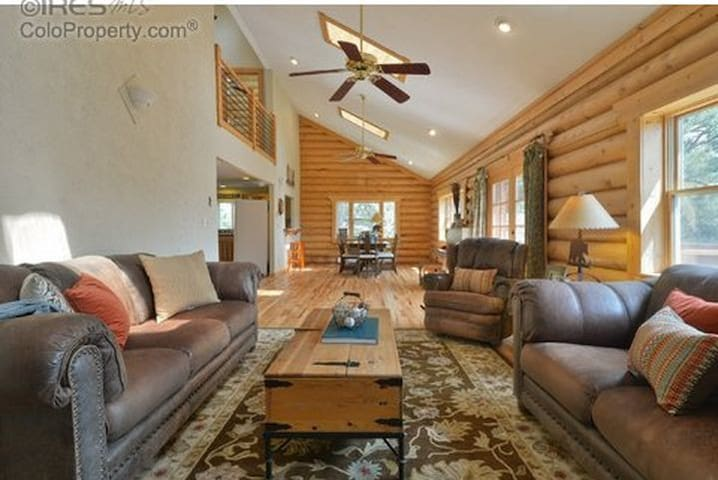 Colorado Mountain Retreat - Livermore - Rumah
