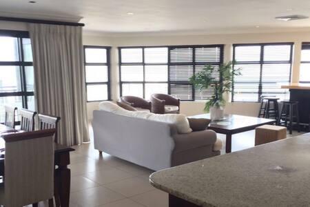 Luxury Harbour 4bed,3bath Penthouse - Durban - Daire