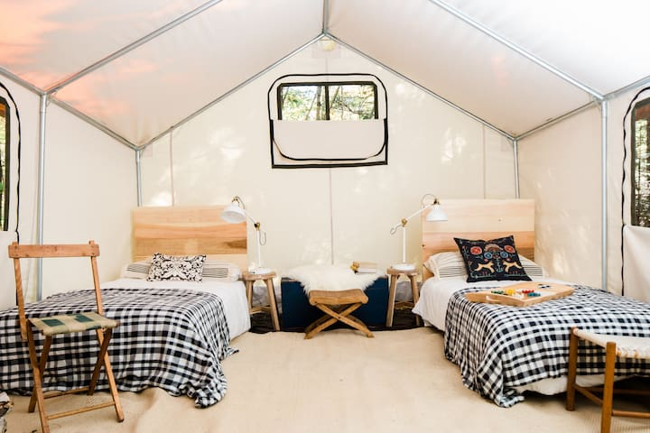 Glamping @ Tops'l Farm - Luxury Tent #4 - Waldoboro - Barraca