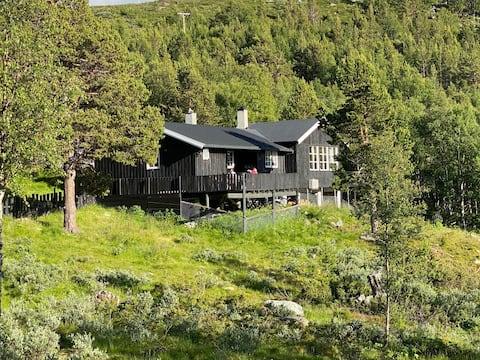 Fantastic cottage mountain view Galdhøpiggen/Lom