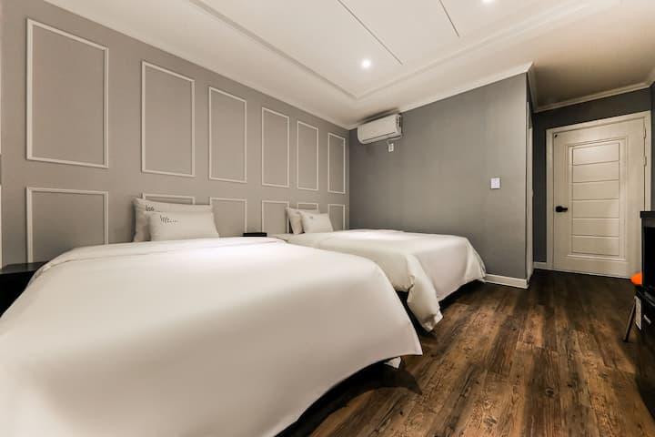 [대전시청역/도보 2분]최신 리모델링~ 깔끔,청결, 가성비. 모두 갖춘 호텔.
