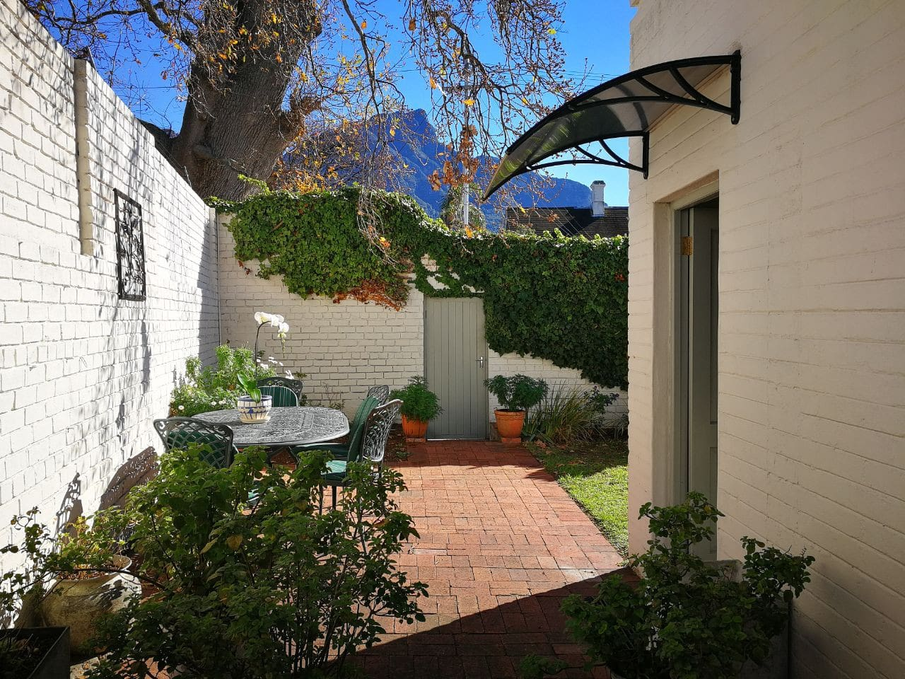 Separate private entrance and patio area