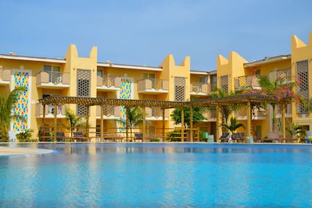 Tropical Resort 300m from the beach - Apartment
