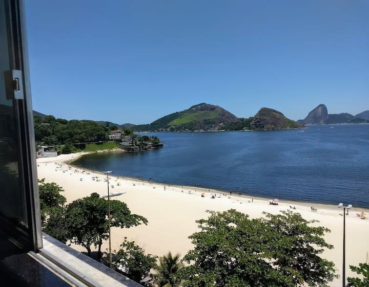 Praia de Icaraí - Kitinet de frente