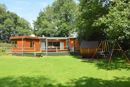 Sun-kissed Bungalow in Uden with Sauna, Jacuzzi, Terrace