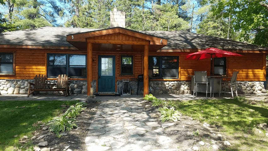 LOST LAKE GETAWAY (Hawks, MI): JUST LISTED! 12 miles from Roger's