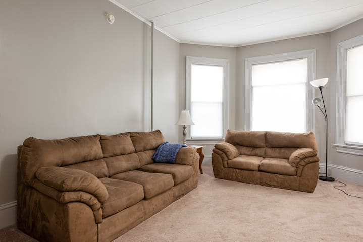Newly Renovated Apartment Near Union College