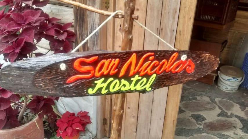 Dorms $7 San Nicolas (El Colegio) - Mesitas del Colegio