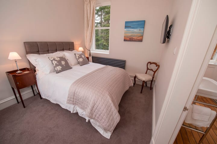 Luxury B&B : Bedroom 6 - Double Room