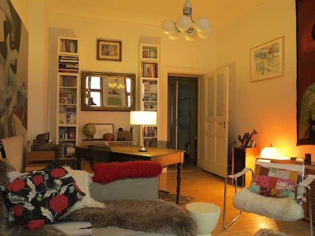 2 room apt in Prenzlauer Berg
