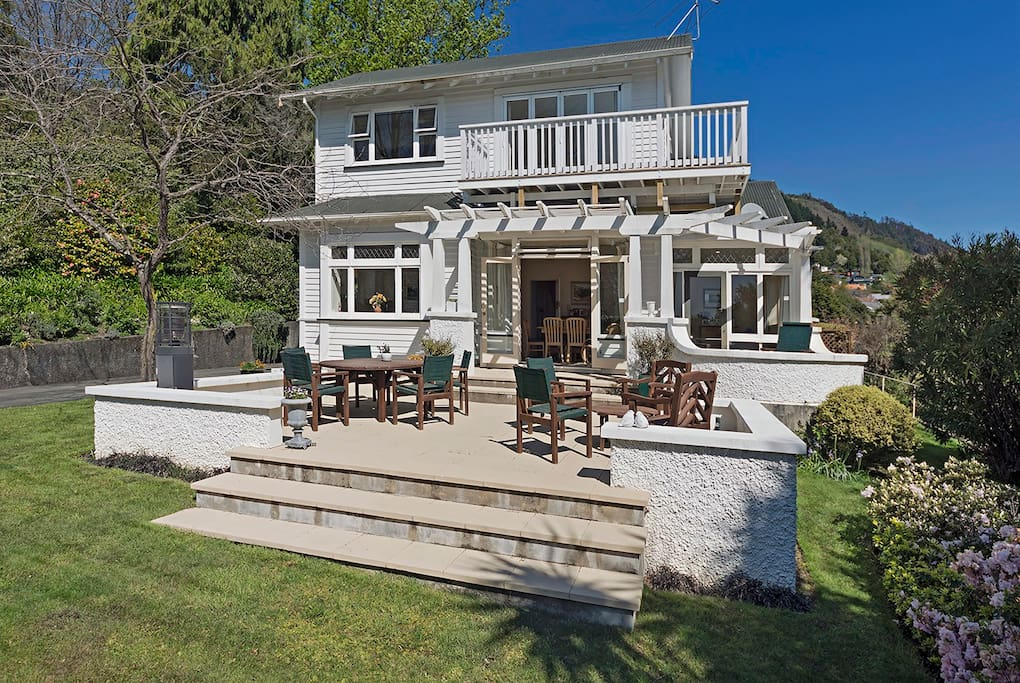 Parkside Villa, Nelson Holiday Home