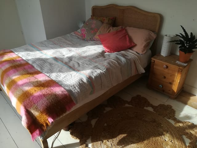 Lovely affordable room in a perfect location