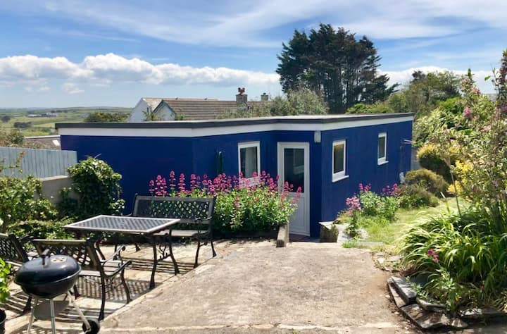 Trehanoo Annexe - Cozy, comfortable base to surf