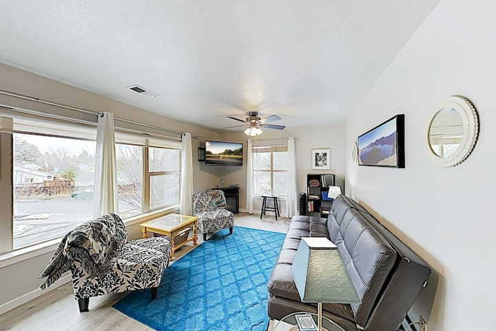 Relax and enjoy your private space in a prime Bend location.