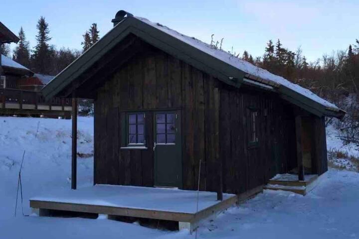Anneks/liten hytte i Valdres i flott turområde