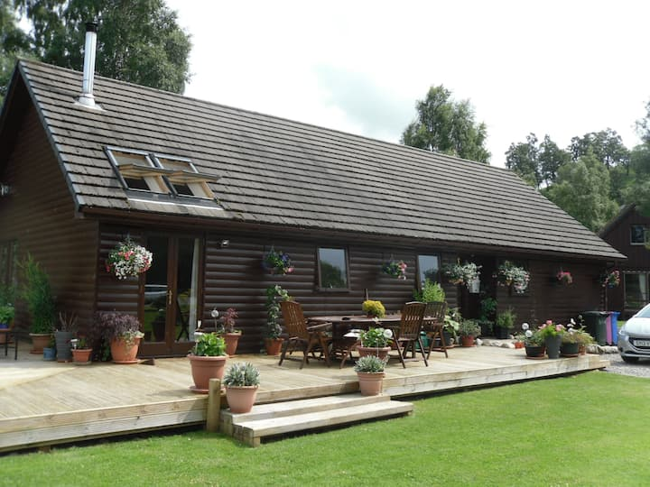 Glenburn Lodge on the banks of the spey