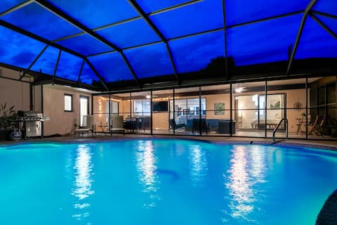 Private Poolside Paradise located in Palm Coast!