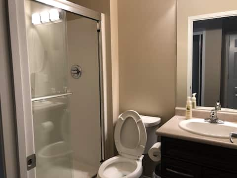 room in South Pointe, near UofM, Grocery, Downtown