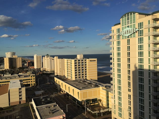 OCEANFRONT Condo - Virginia Beach - Apartamento