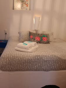 Eole Luxury Room for 3 SR3. Center of Tarifa - 塔里法 - 宾馆