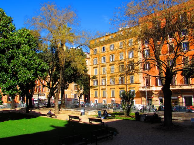 Termini Guesthouse b&b close to Colosseo