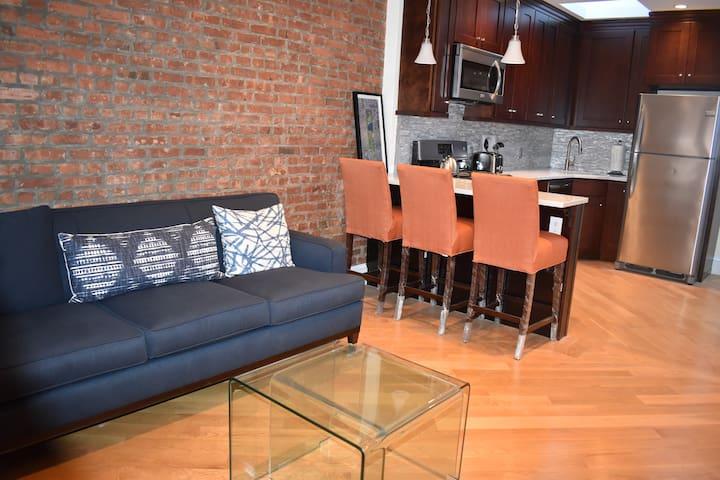 Beautiful Modern  Apartment Near Downtown Brooklyn