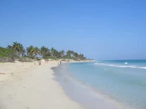 Casa Estelita  en las playas del este Havana cuba