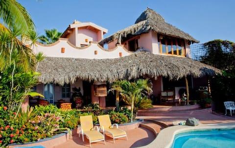 Casa Soledad, Platanitos