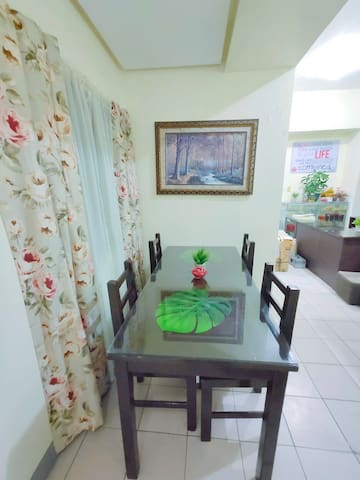 2 Bedrooms, Group stay for 9 Quezon City