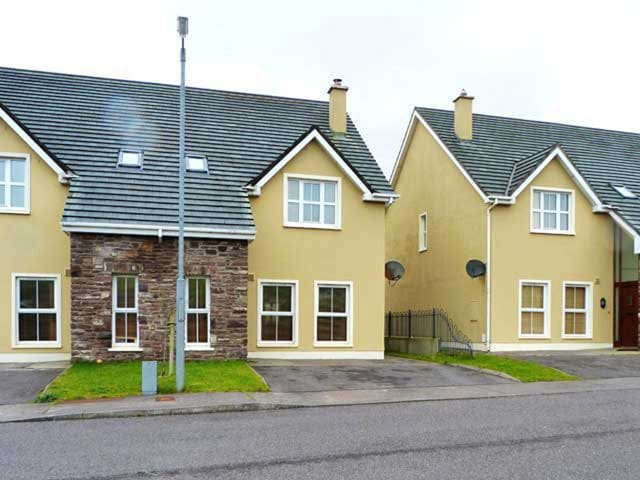 Cois Chnoic Classic, Dingle, Co.Kerry - 3 Bed - Sleeps 6