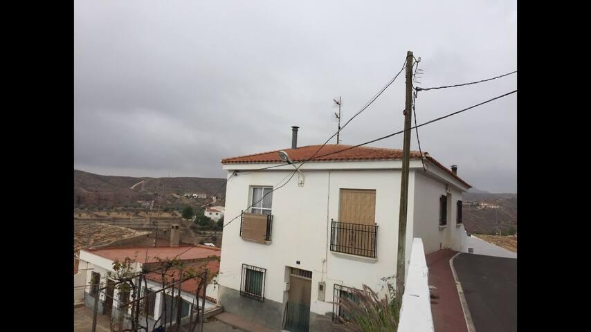 Casa Acogedora con Vistas - Taberno - Huis