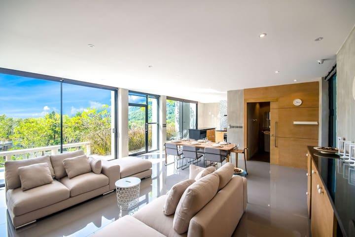 Stylish 2 Bedroom Villa near Kamala Beach