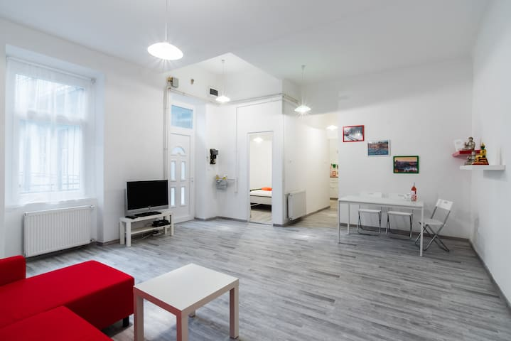 Cosy central 3 Bedrooms apartment - Budapest - Huoneisto