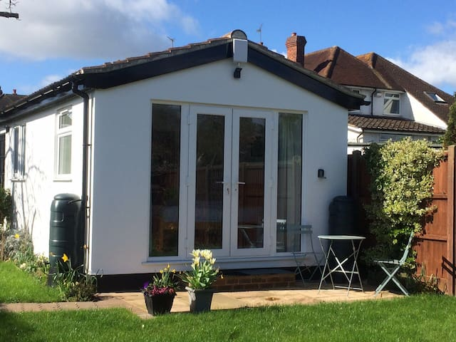 The Garden Room - Maidenhead - Daire