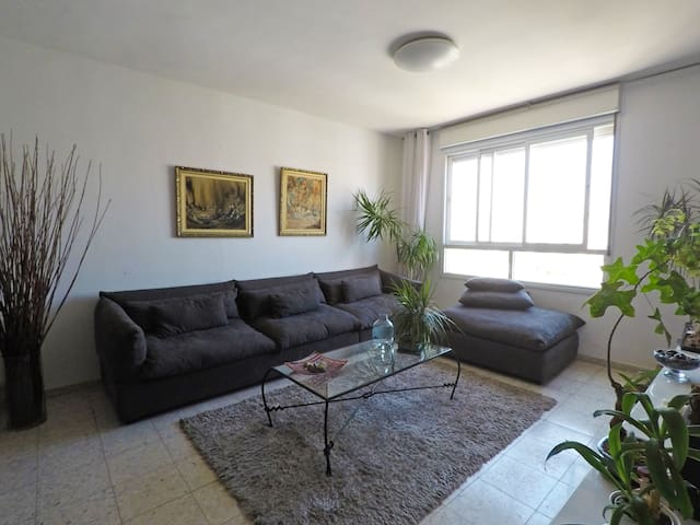 Netanya Prime Location Apartment