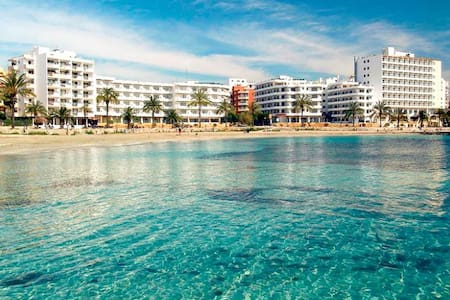DOBLE ROOM - Playa Figueretas - Ibiza