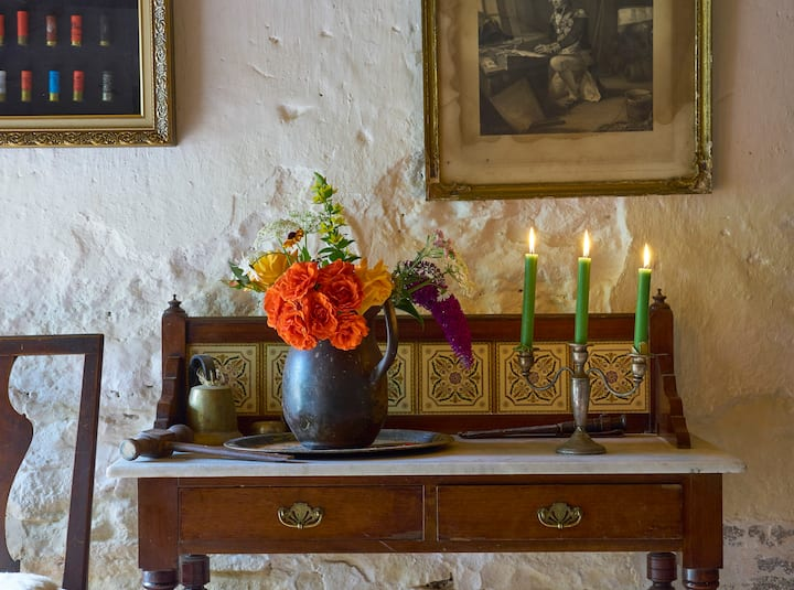 Craigmyle Cottage, Charm and Beauty woven together