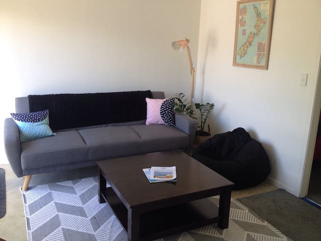 The Raglan Stay - Raglan - Apartment