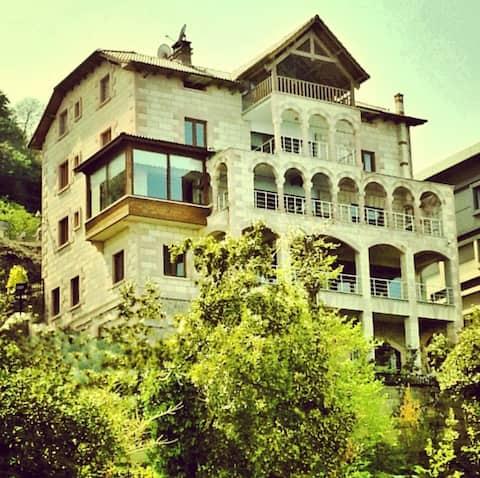 Denize Sıfır Güzelyalı'da Villa