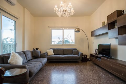 Spacious flat with Traditional Vibe Mar mikhael