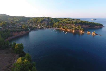 Gorgeous beachfront family villa in Evia Greece !