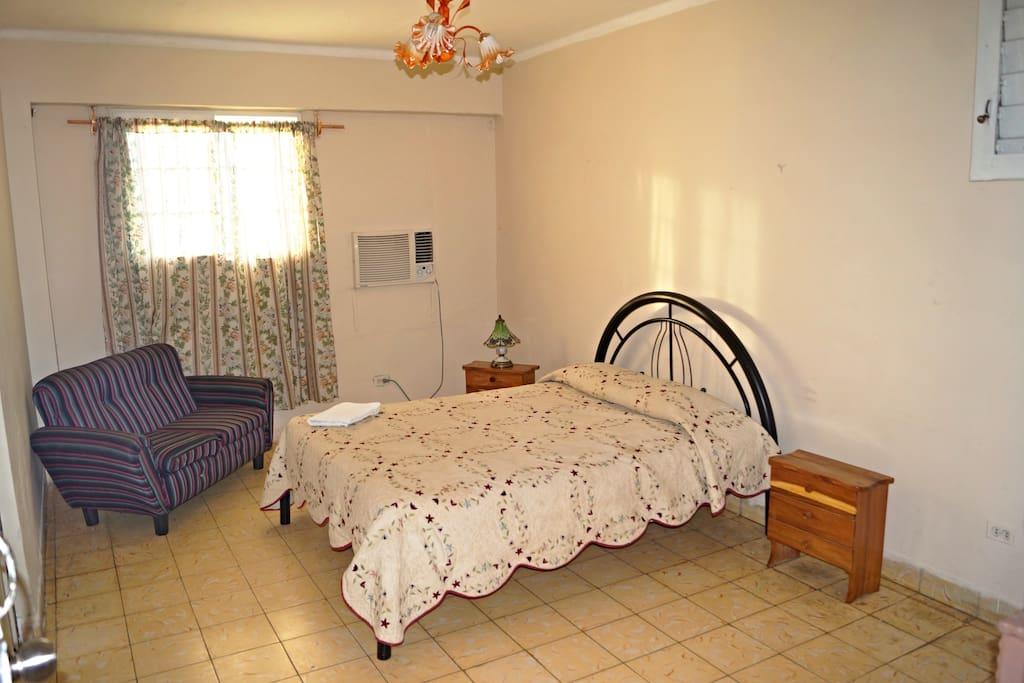 1 Habitacion con su cama Camera