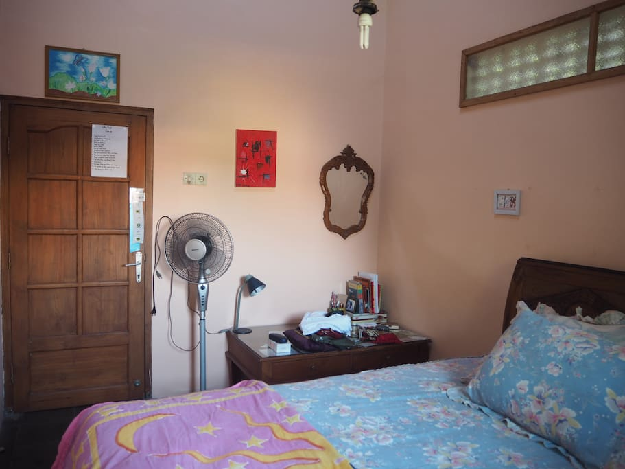 Gandrung Room - for 2 person with double bed (luxury and clean)