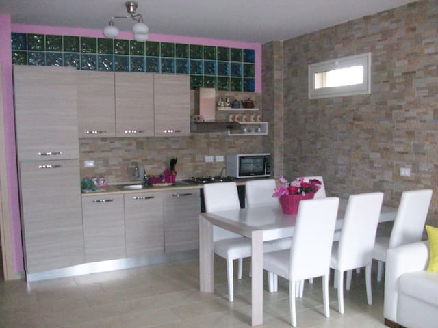 Appartamento nuovissimo ammobiliato - Furci Siculo - Huoneisto