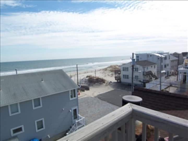 Beautifully Landscaped Beach House