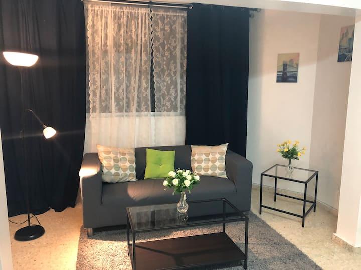 Apartamento en zona residencial y tranquila.